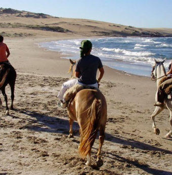 Cabalga Frente al Mar